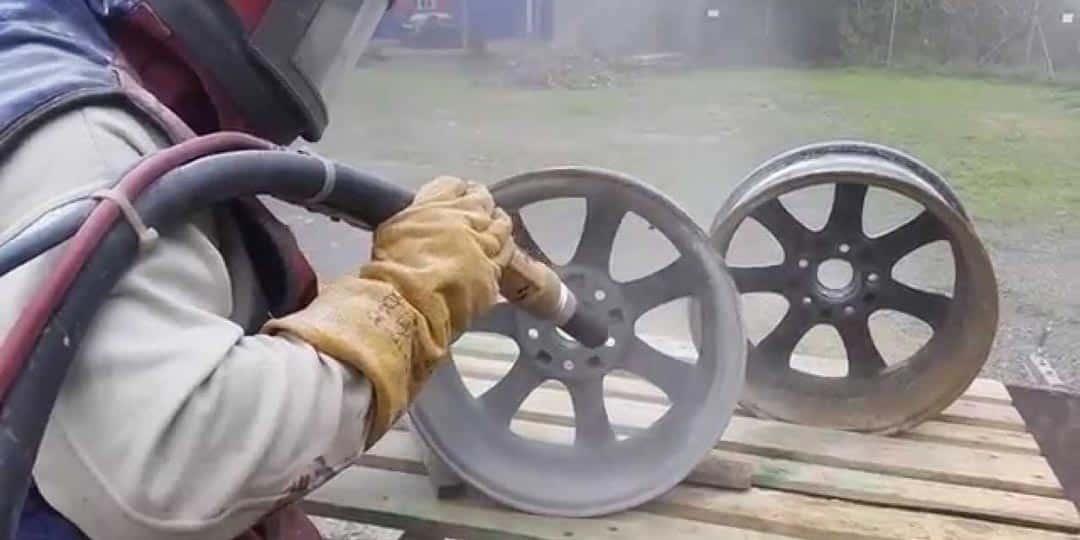 Пескоструйная обработка дисков автомобиля