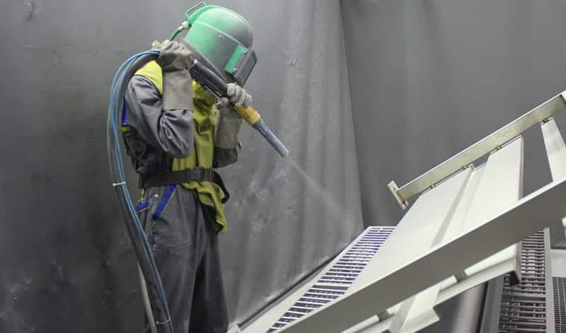 Пескоструйная обработка металлоизделия