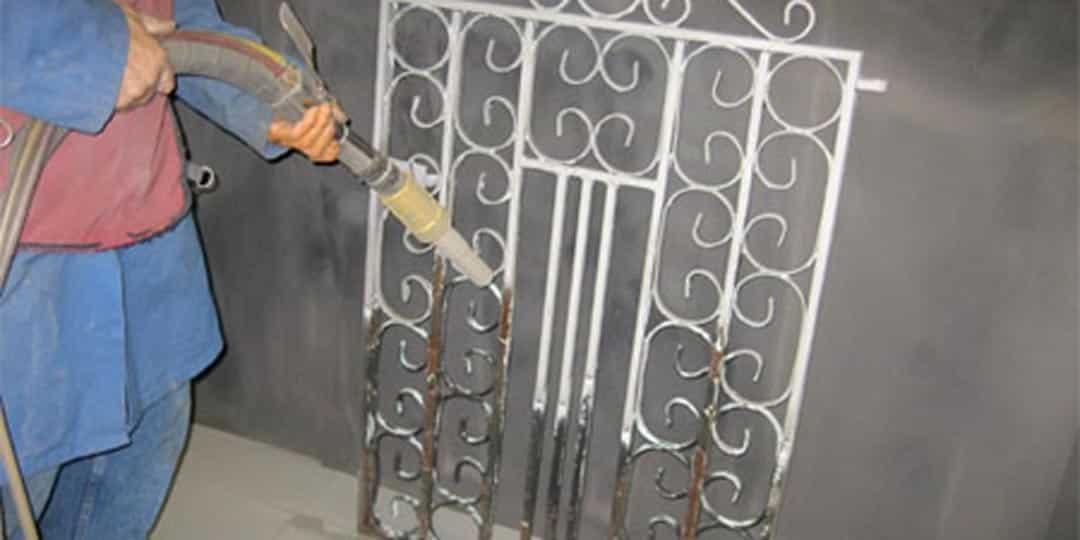 Абразивная обработка ворот и заборов